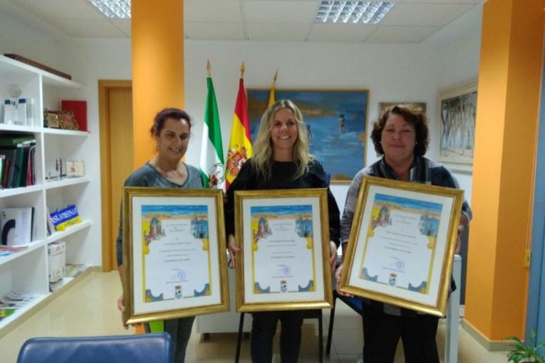 La Alcaldesa recibe a la Coral Polifónica Isla Cristina que actuará por varias ciudades españolas