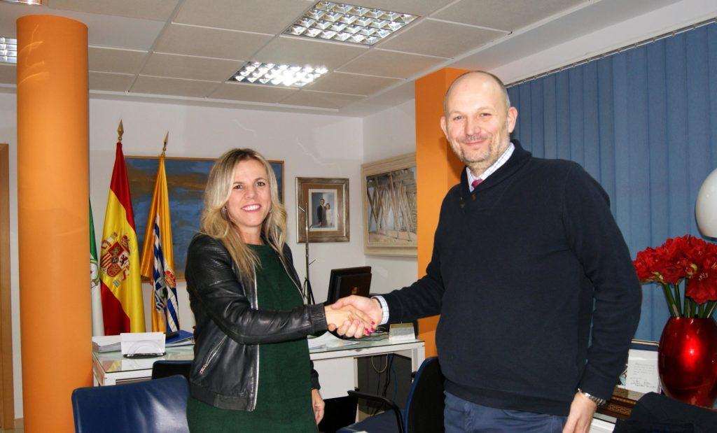 DAMAS cede al Ayuntamiento de Isla Cristina el uso temporal y gratuito de locales comerciales