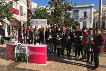 Comercios de Huelva colaborarán este domingo con Interfresa y la AECC en la iniciativa solidaria 'Campanadas con fresas'