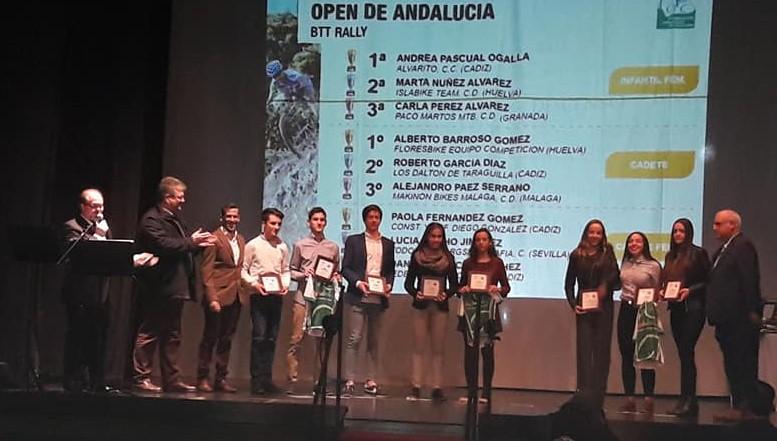 Marta Núñez y Claudio Cuevas Premiados en la XXX Gala del Ciclismo Andaluz