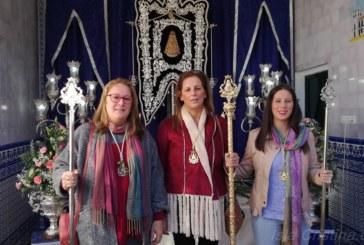 La Hermandad del Rocío de Isla Cristina compartió en la aldea almonteña la Santa Misa con la de Palos
