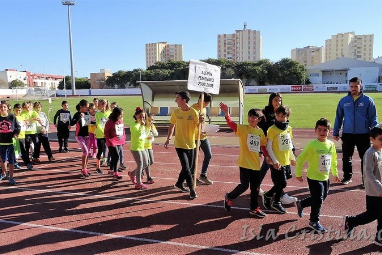 """Imágenes de la """"V Competición de Atletismo"""" celebrada en Isla Cristina"""