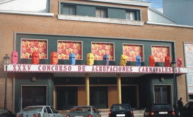 La (ACI) Premia a los Carnavaleros de Isla Cristina