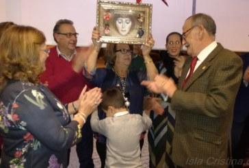 Homenaje de la Hermandad del Rocío de Isla Cristina a Mª Carmen Faneca Martín