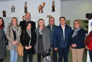 Obra Social La Caixa entrega 80 lotes de alimentos en Isla Cristina