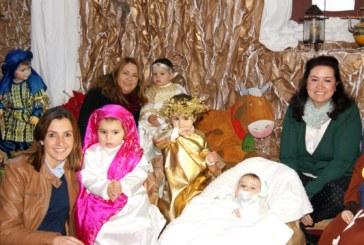 La Escuela Infantil de Isla Cristina Virgen del Rosario inaugura un Belén Viviente