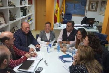 Junta y Ayuntamiento de Isla Cristina se reúnen para analizar proyectos sobre la cultura, el turismo y deporte