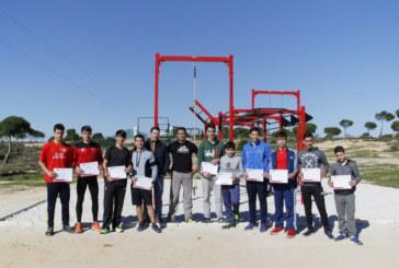 Una veintena de jóvenes participaron en el Taller de Calistenia de los Sábados Deportivos de Islantilla