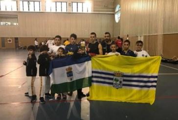 Luchadores del Club Mushindo acudieron a la concentración Andaluza de Kick Boxing