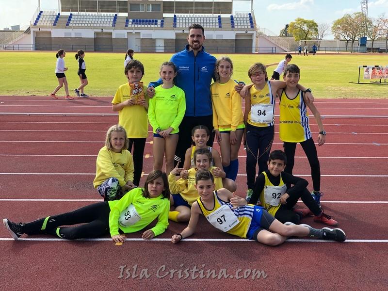 La cantera del Club Atletismo Isla Cristina saca buena nota en el Andaluz