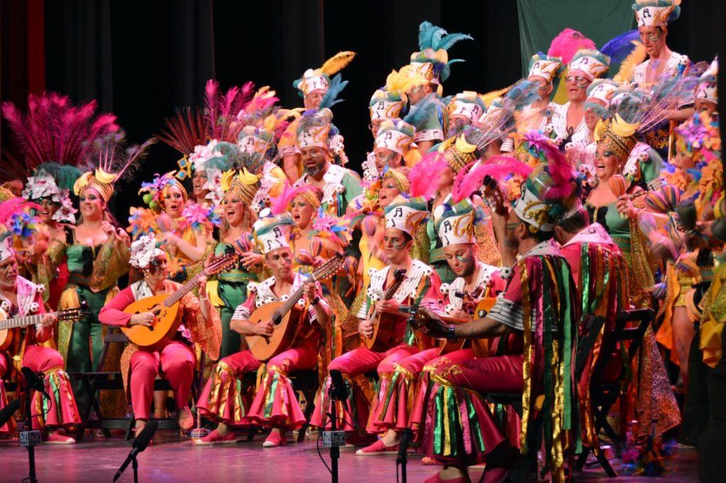 El Coro isleño «La Canarihna» Primer Premio  en la Gran final del Carnaval Colombino