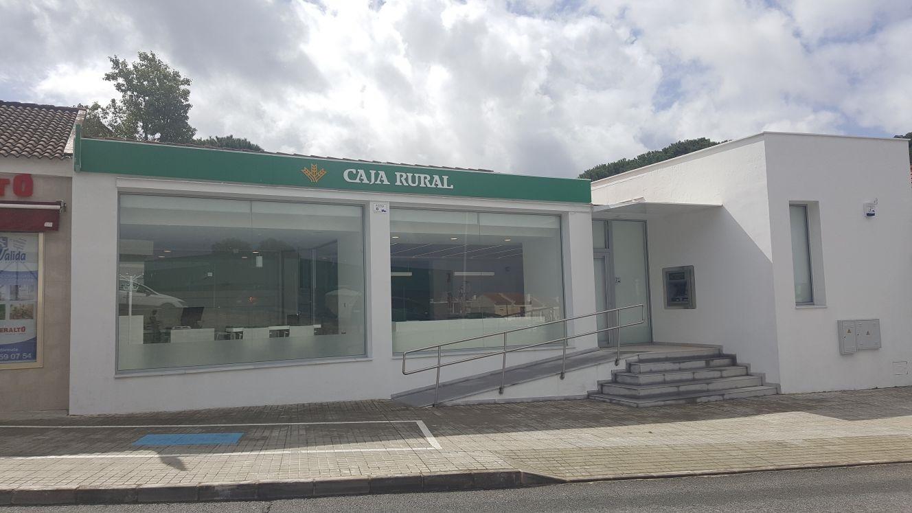 Caja rural del sur inaugura el lunes 19 de marzo nueva for Caja rural bilbao oficinas