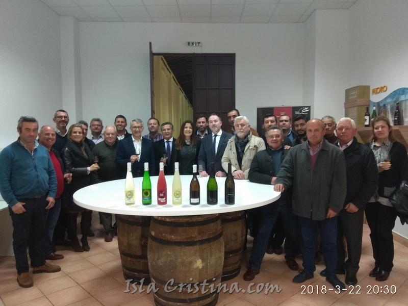 Ayuntamientos y Cooperativas vitivinícolas se comprometen a mantener el cultivo del viñedo tradicional en Doñana