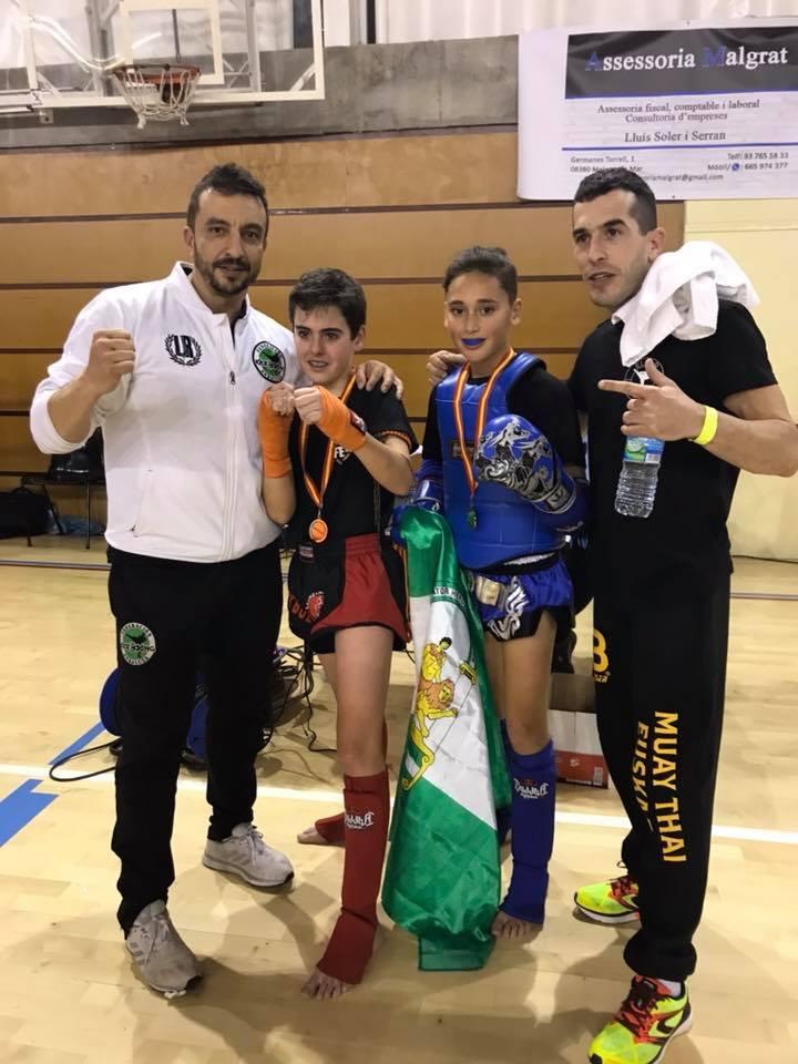 Los luchadores isleños Miguel y Daniel, Campeones de España de Muay Thai