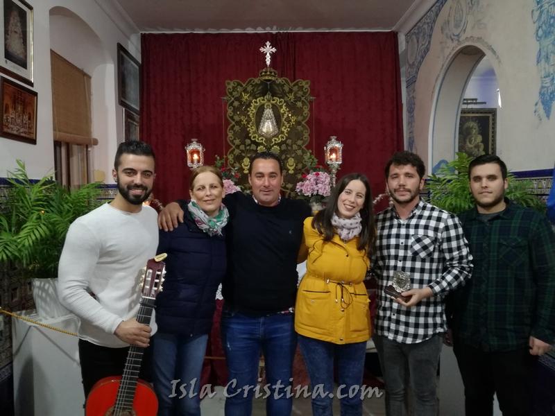 """El Grupo """"Abuela María"""" cantó la Salve Rociera en Isla Cristina"""