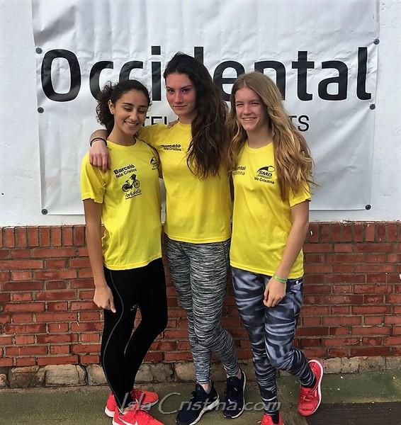 Julia, Lucia y Adriana a la conquista del andaluz Sub'16 en Pista Cubierta