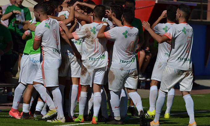 Los goles de Galletti y Andrés tumban a un Isla Cristina que mereció más