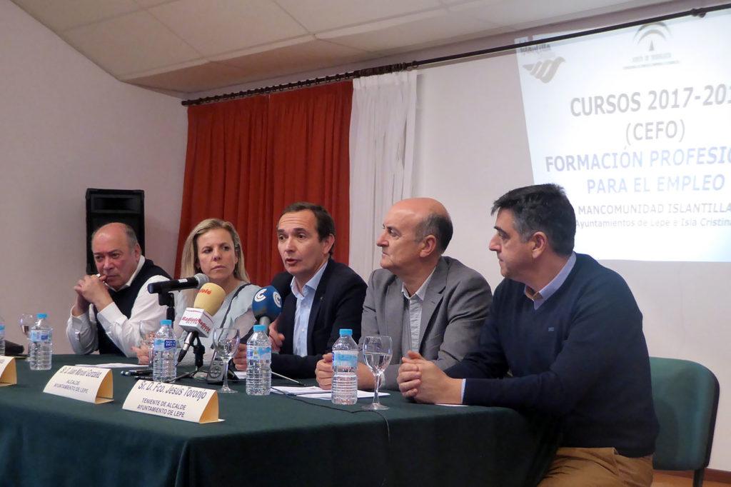 Visita del Delegado Territorial de Economía, Innovación, Ciencia y Empleo al CEFO de Islantilla