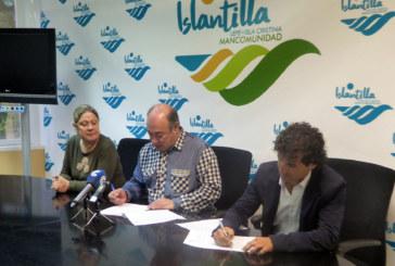 Firma del contrato para la gestión del Parque 'El Camaleón' y la Tirolina de Islantilla