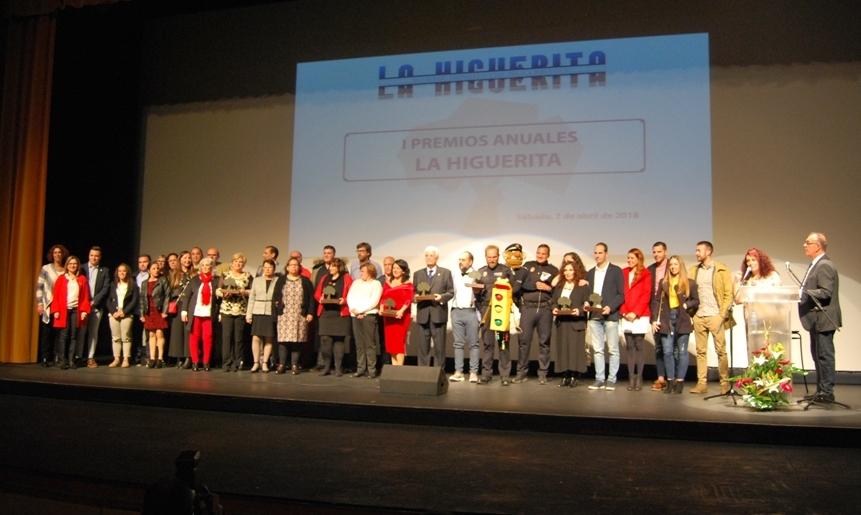 El periódico La Higuerita entregó sus primeros premios en una gala que llenó el teatro