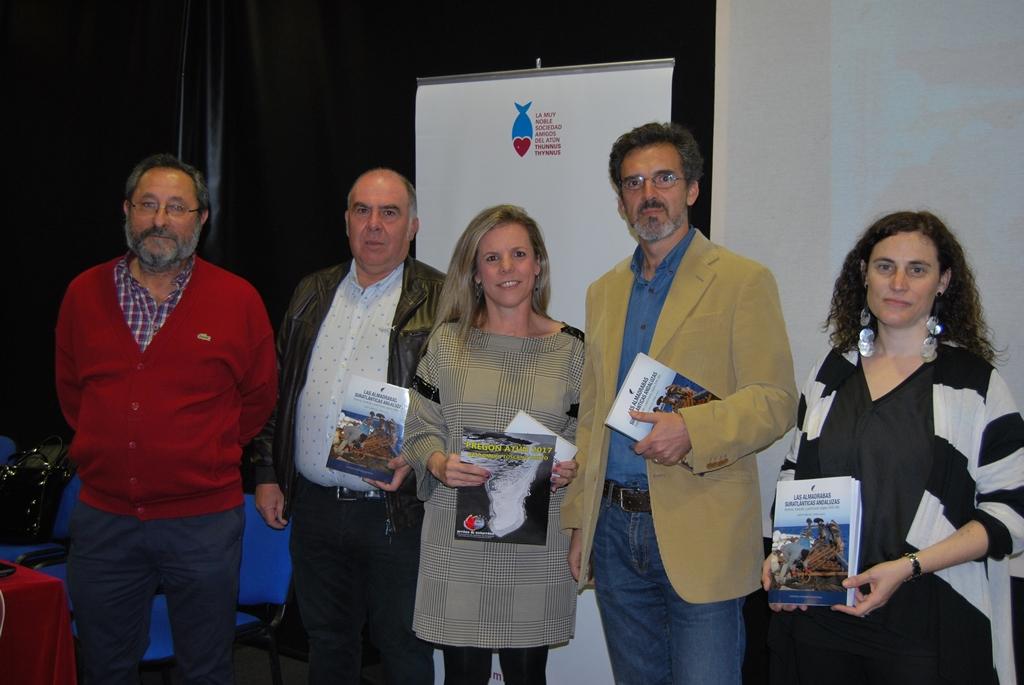 Se presenta en Isla Cristina el libro sobre las Almadrabas Andaluzas