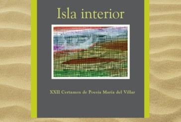 La isleña Eva Sarrias presenta este sábado su poemario 'Isla interior'