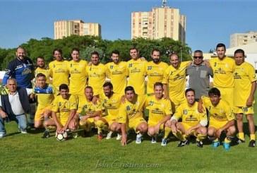 """Imágenes: Partido solidario """"ARATI"""" veteranos CD Isla Cristina vs Real Club Recreativo de Huelva"""