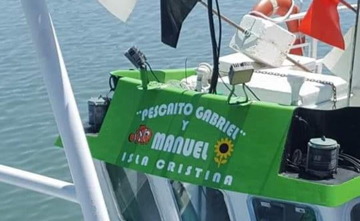 El Pescaito Gabriel y Manuel navegan por el Mar de Isla Cristina