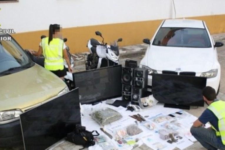 La Guardia Civil desarticula una organización dedicada a la venta de droga en Isla Cristina