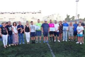 La Punta se llevó el derbi solidario de fútbol celebrado en Isla Cristina