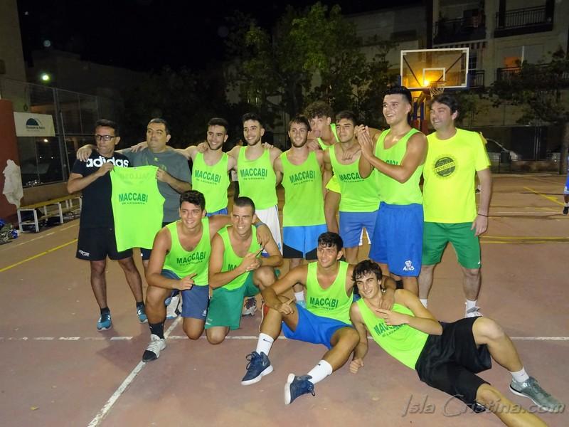 El Maccabi levantá Campeón del Torneo de Baloncesto Ciudad de Isla Cristina