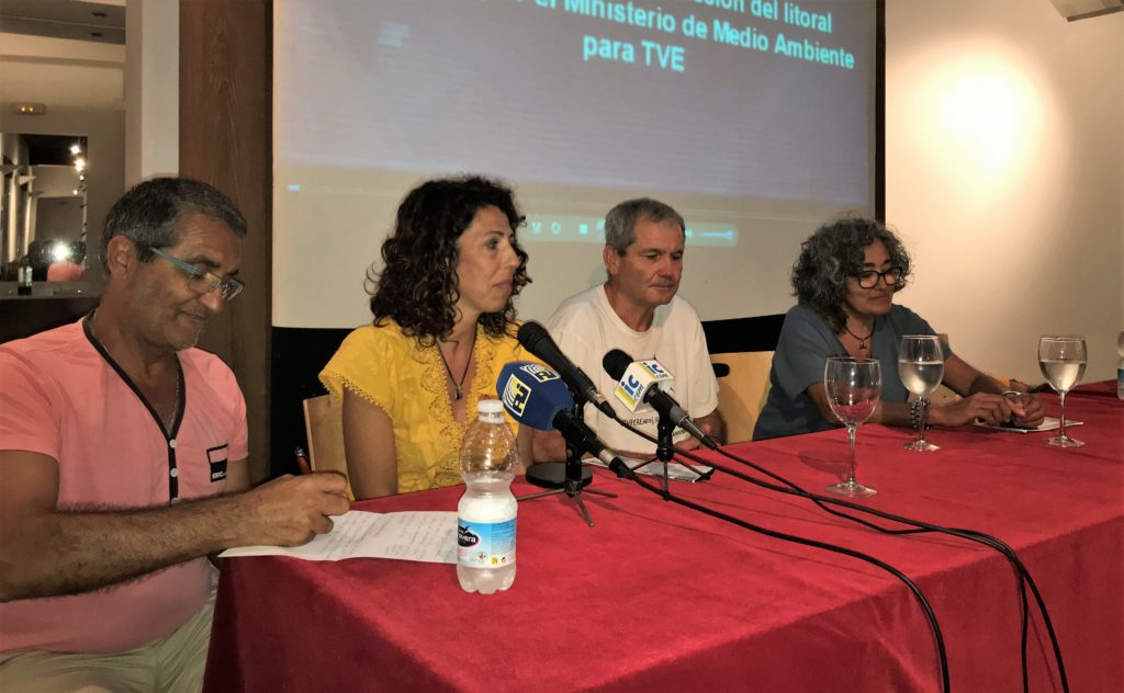 El activista medioambiental onubense Juan Romero en Los Martes Culturales de Isla Cristina