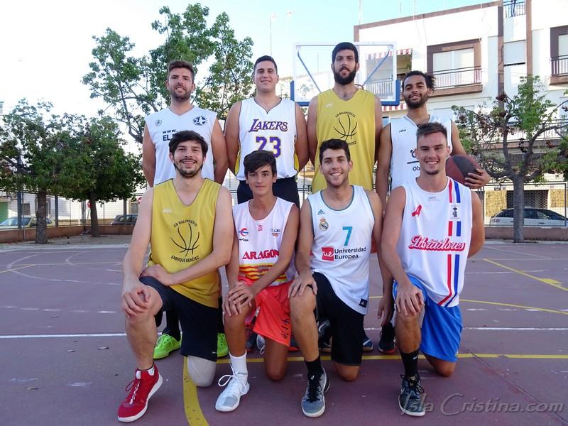 Que rico hijo  y  Maccabi, Finalistas del Torneo de verano de Baloncesto