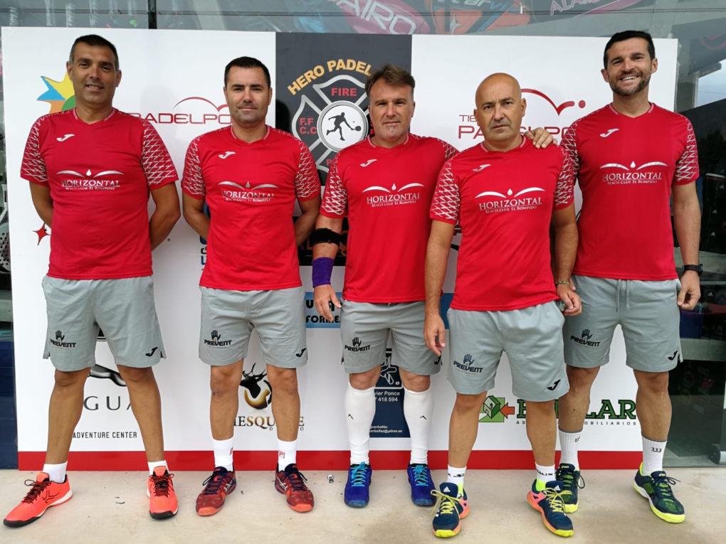 Juan Manuel Ramos campeón con el equipo Onuba Pádel