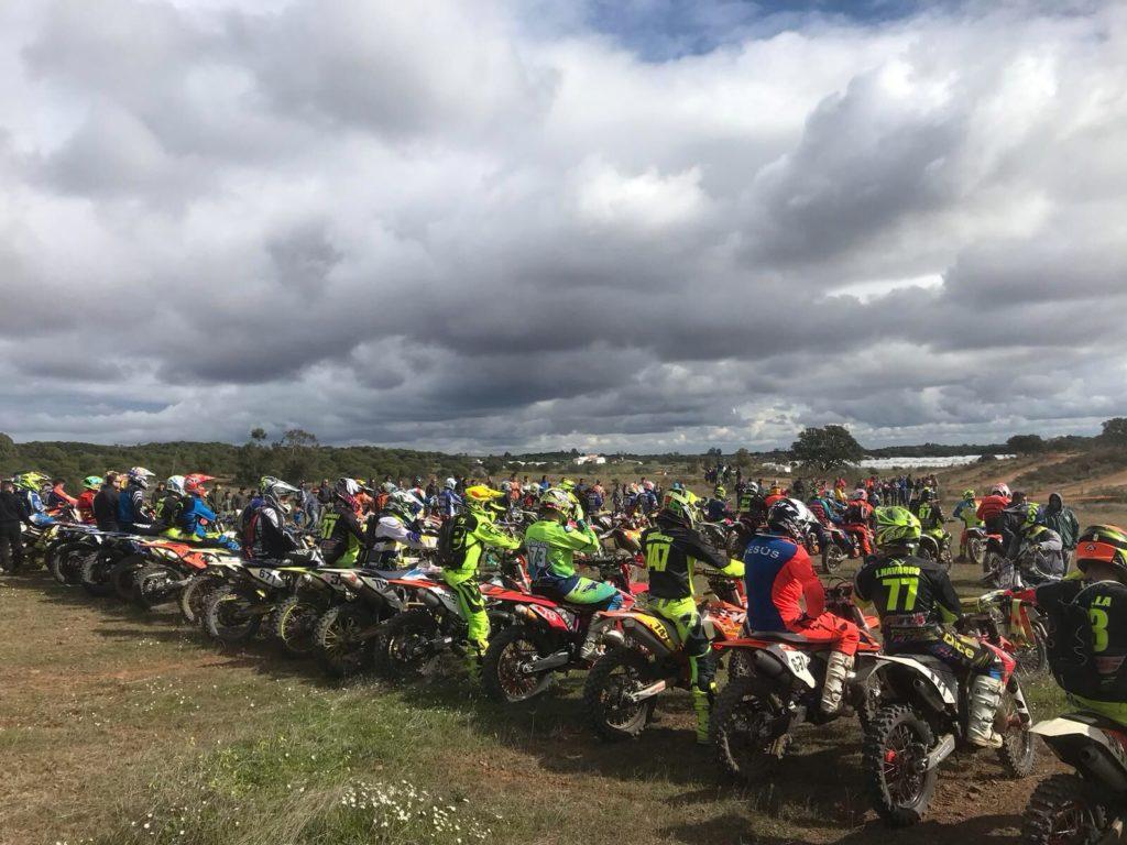 La Leyenda isleña en las 3 Horas de Resistencia de Ciclomotores de Villablanca