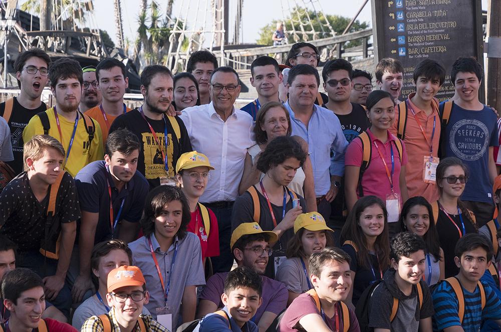 Los jóvenes genios de las matemáticas de Iberoamérica se dan cita en el Muelle de las Carabelas