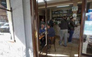 Tres años y tres meses cárcel por robar 15 euros de caja registradora en un bar de Isla Cristina