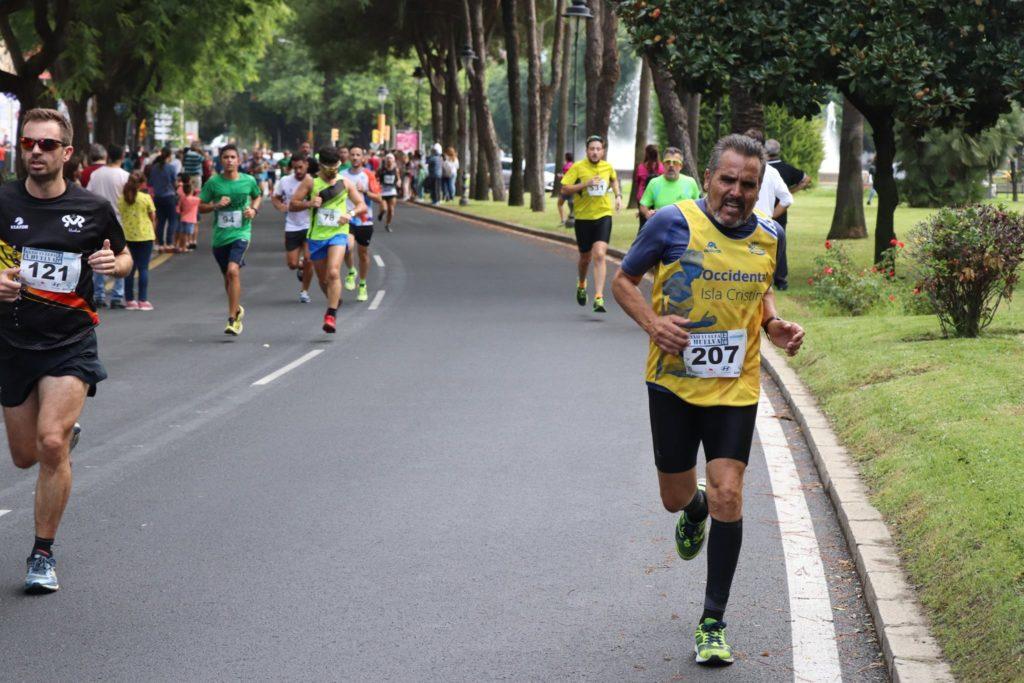 Joaquín Santos y Claudio Rojas destacan en la Vuelta a Huelva