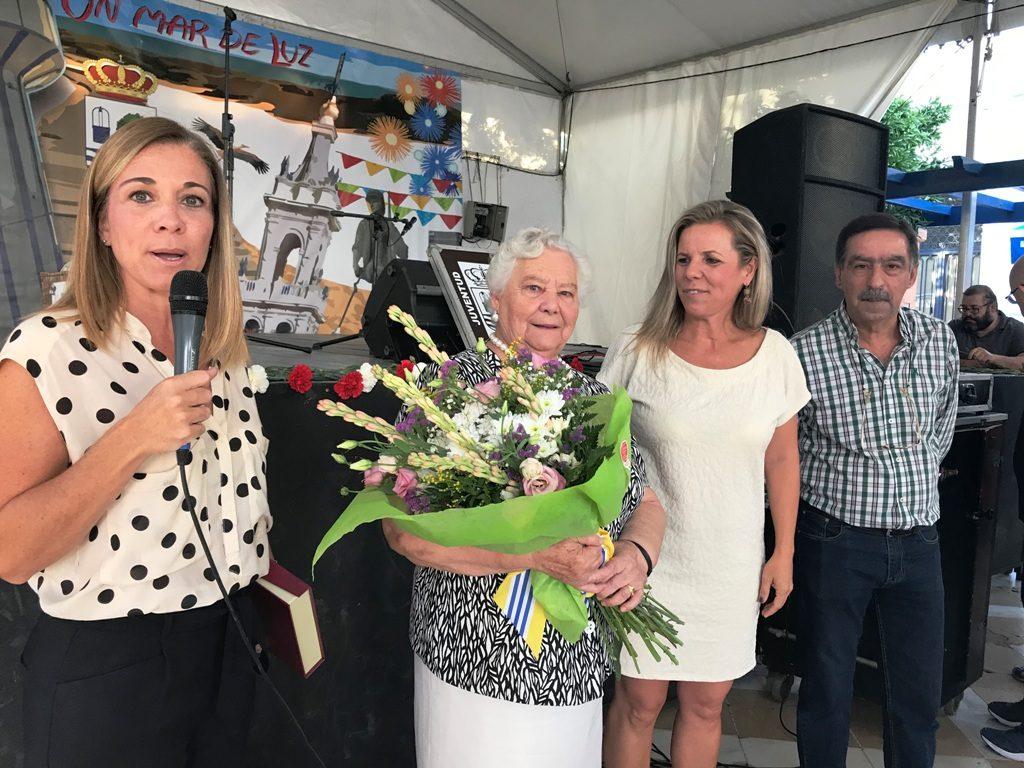 Isla Cristina homenajea a sus mayores por la festividad del Rosario